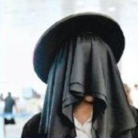jewish-man-wearing-burka-thumb