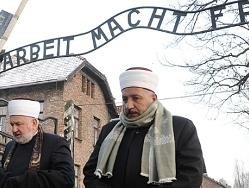 muslims-Auschwitz-small