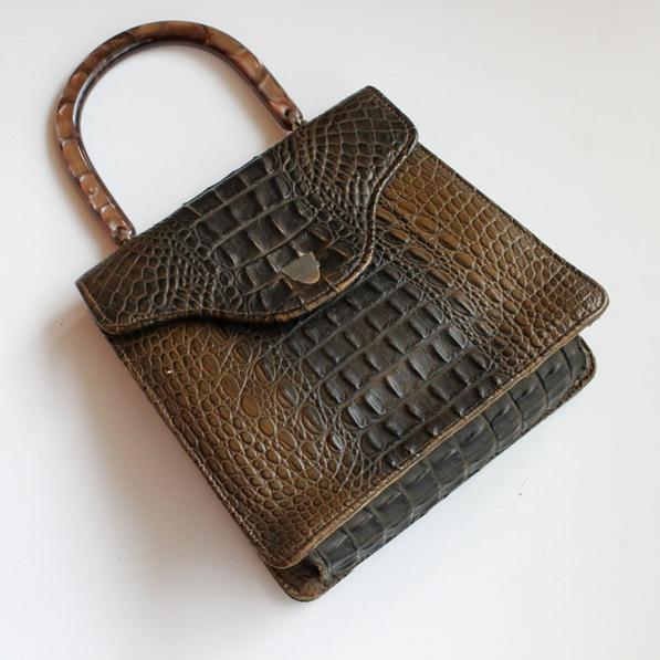 crocodile-bag-thumb