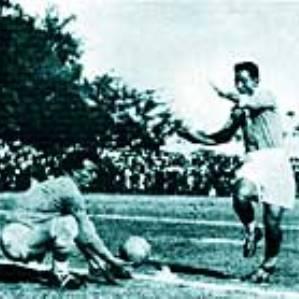 israel-egypt-football-game-cairo-1934-thumb