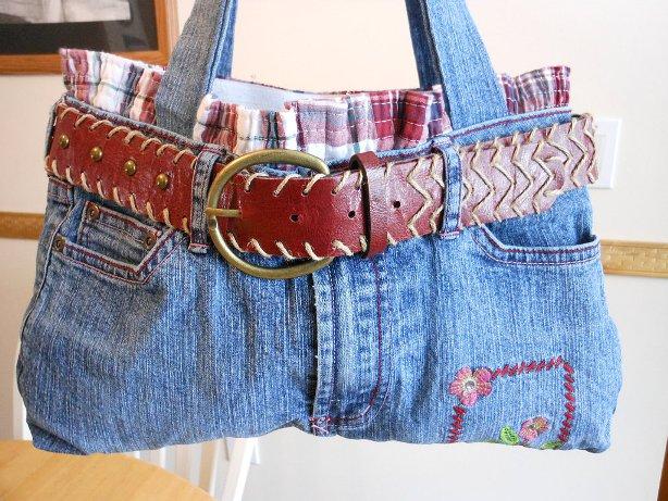 מכנסי ג'ינס שהפכו לתיק יד מהמם
