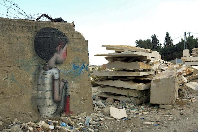 אמן הרחוב הצרפתי ג'וליאן מאלאן בבית לחם