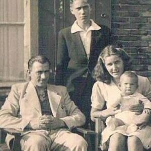 henk-zanoli-family-holocaust-thumb