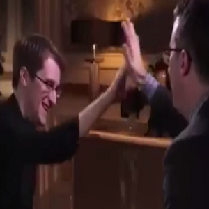 john-oliver-edward-snowden-high-five-thumb