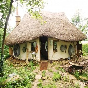 cob-house-thumb
