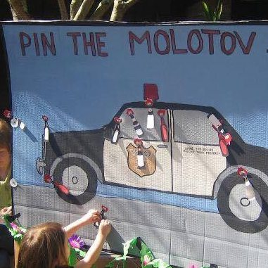 pin-molotov-police-car-thumb